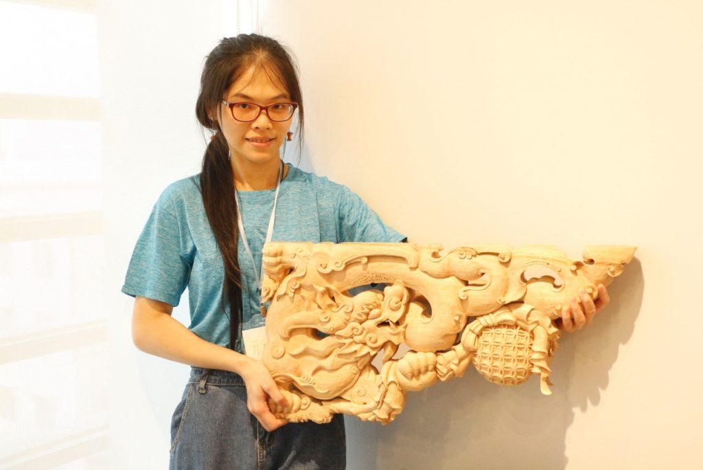 陳佩吟 , 木雕 ,傳統鑿花,《彩魁》
